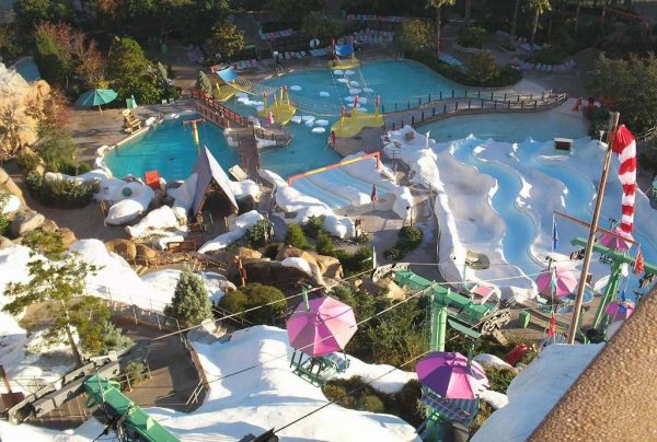 blizzard beach vs typhoon lagoon