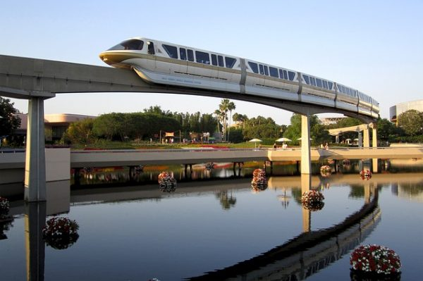 disneyland vs disney world transportation