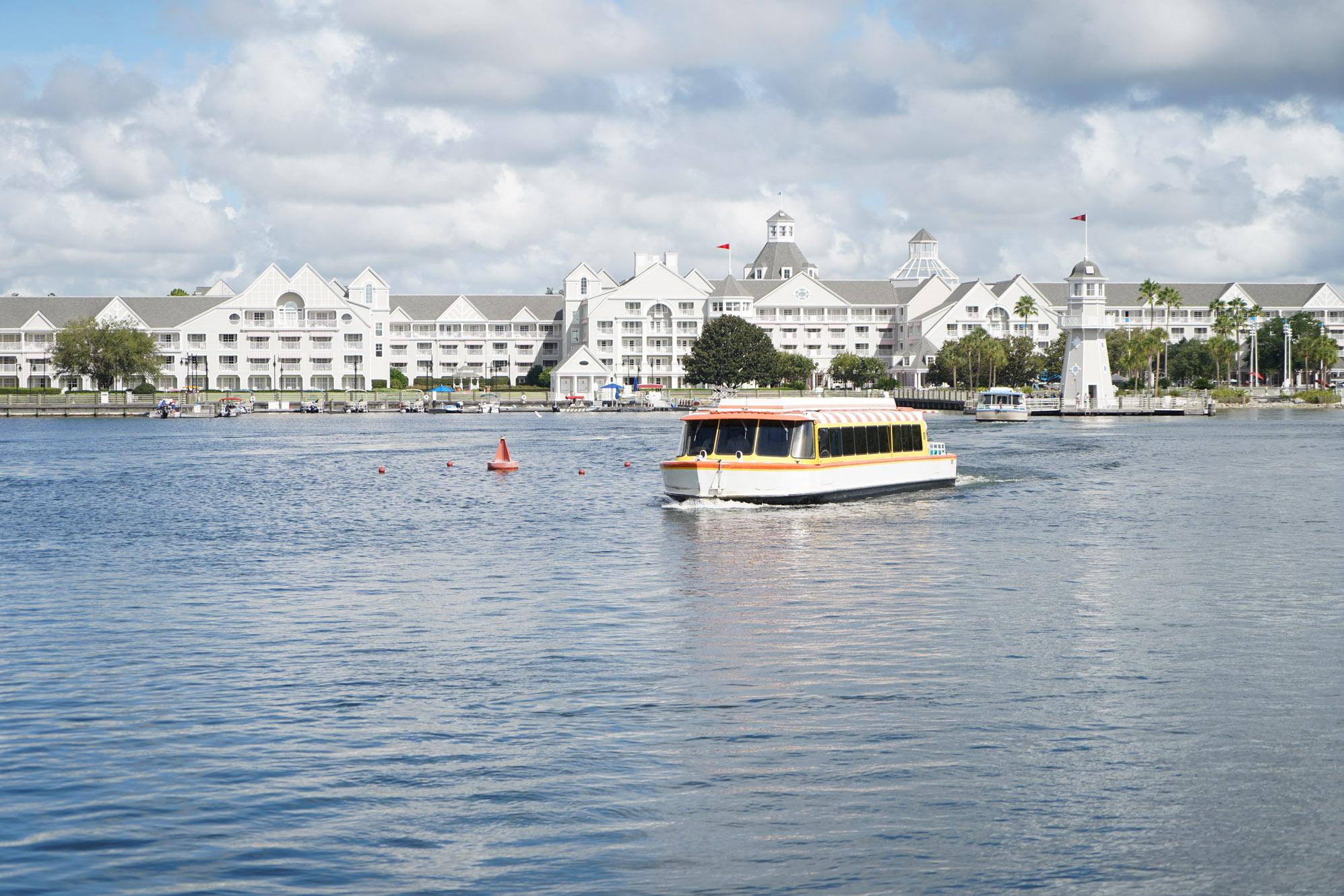 Yacht Club disney deluxe resort
