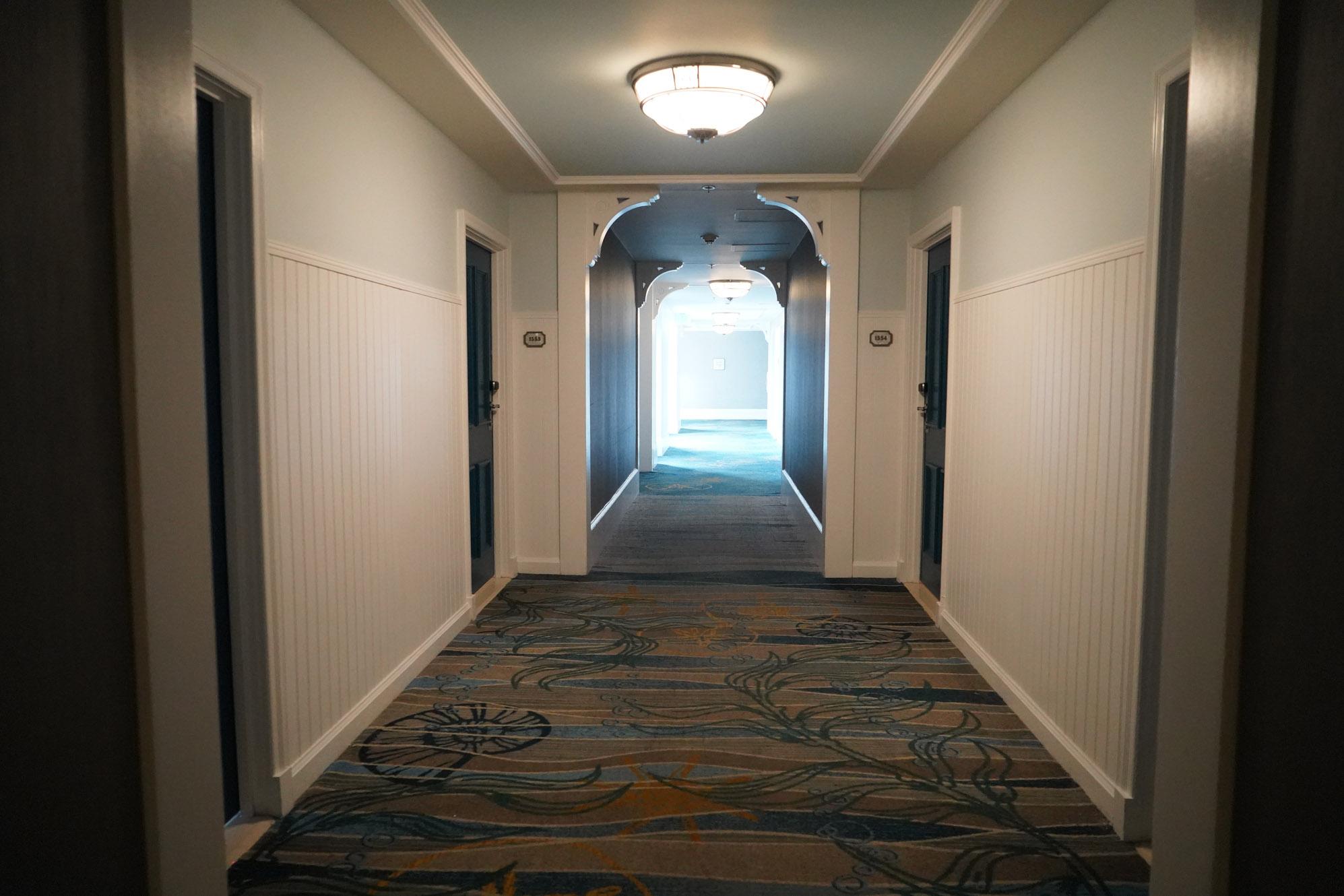 Disney club level lounge
